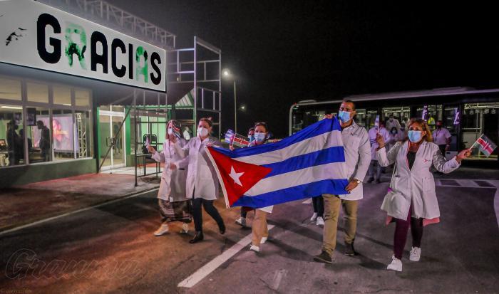 De regreso a Cuba, brigada médica que enfrentó el nuevo coronavirus en Kenya