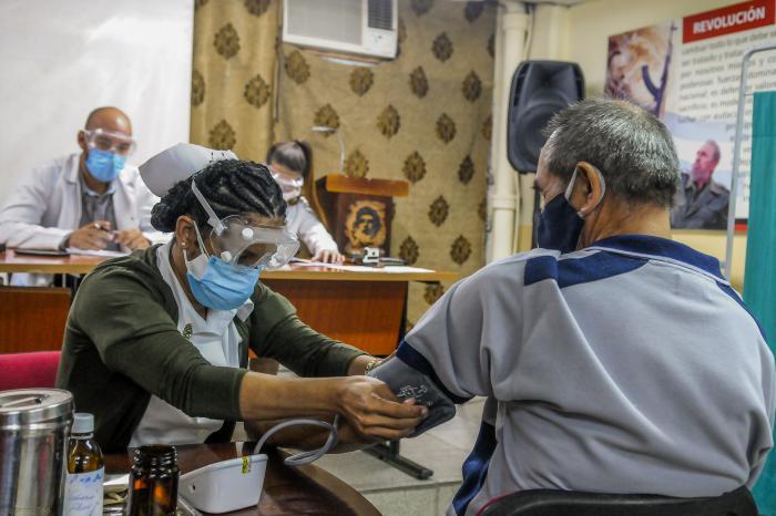 Amplían a municipio de La Habana ensayo clínico de Soberana 02