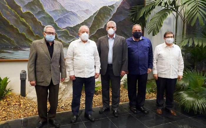 Reciben Raúl y Díaz-Canel al expresidente brasileño Lula da Silva