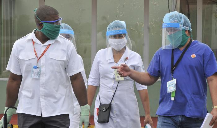Protección contra Covid-19-Coronavirus,medicos y enfermera.