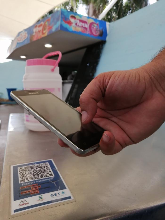 Aplicación Transfermóvil amplía servicios a negocios estatales y de cuentapropistas