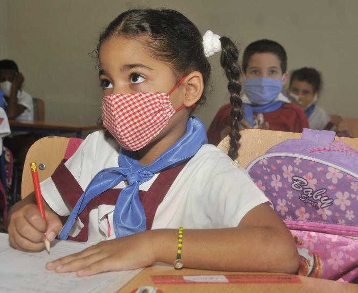 Desmienten información falsa sobre inicio del curso escolar en Cuba