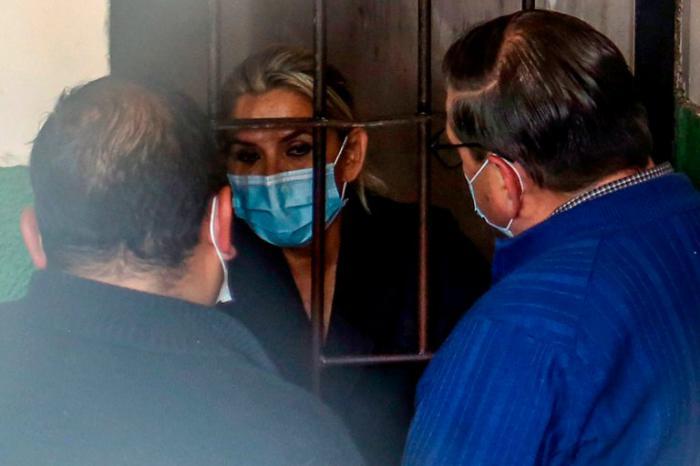 Se mantiene en detención preventiva Jeanine Áñez tras declararse improcedente su apelación