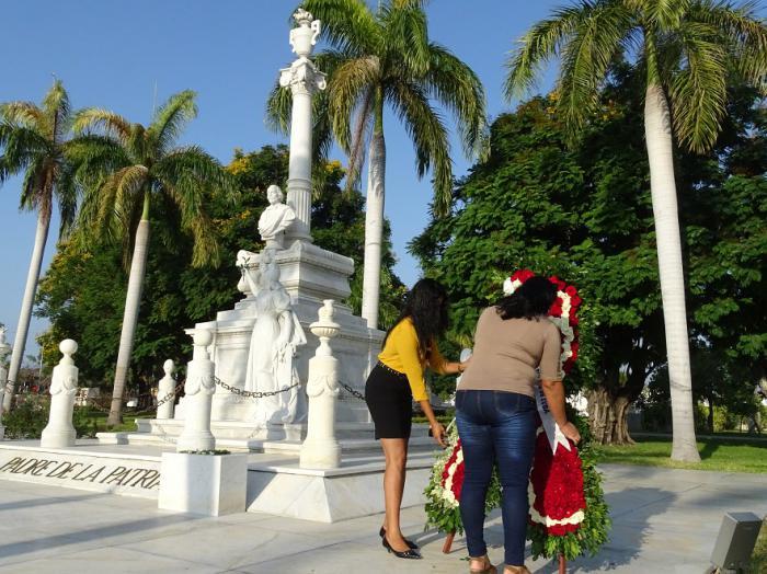 Rinden homenaje a Carlos Manuel de Céspedes a 202 años de su natalicio