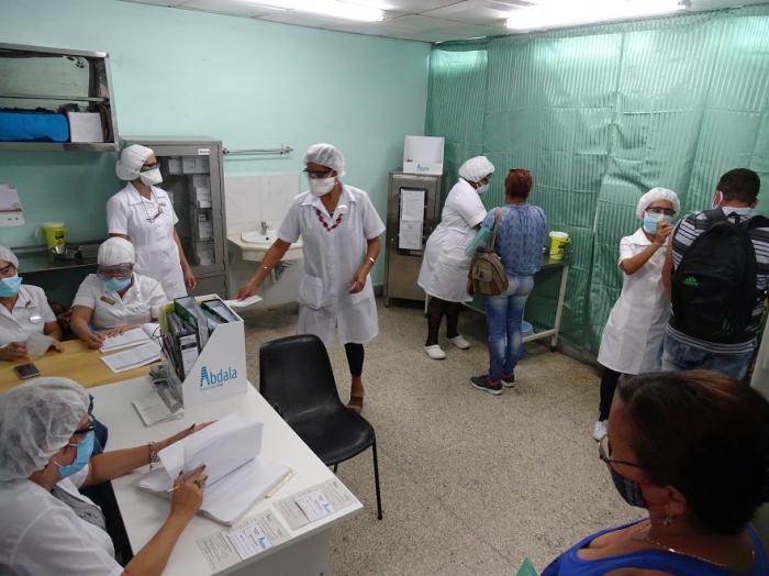 Concluyó vacunación contra la COVID-19 en 20 municipios del país