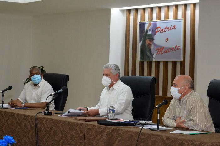 Continúan en Ciego de Ávila diálogos sobre acuerdos del 8vo. Congreso del Partido
