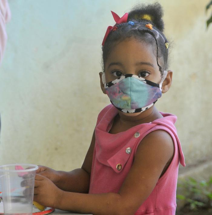 Proteccion contra el coronavirus,Circulo Infantil Hanna Kadhafi dentro dela Ciudad Libertad,niños jugando.