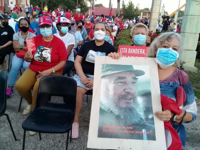 Veja os atos de apoio à Revolução, em Cuba