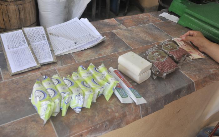 Proteccion contra el coronavirus, covid-19, comercio bodega de la calle General Suarez.