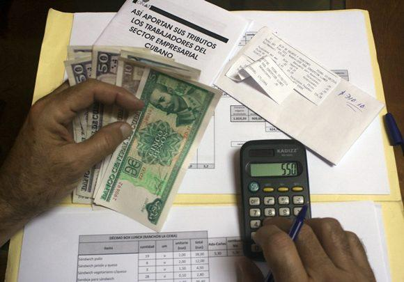 Aplazan en Cuba hasta el 30 de septiembre pago tributario