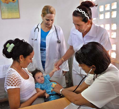PAHO Praises Equity and Universality of Cuban Health System