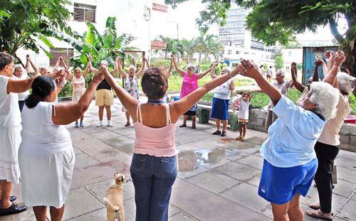 Garantizan en Guáimaro, Camagüey, esmerada atención a adultos mayores