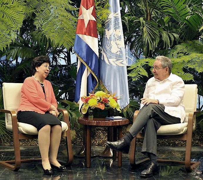 Raúl empfing Direktorinnen der WHO und der OPS