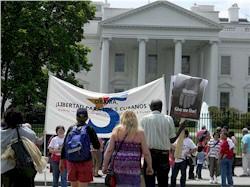 Die Solidarität mit den kubanischen Antiterroristen or dem Weißen Haus